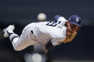 Padres' Paddack shuts down Mariners for 1st victory, 1-0