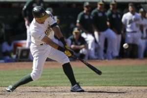 Pinder's two-out single in 9th lifts A's past Rangers 6-5
