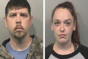 Prosecutors: Divorcing Indiana couple left dog to starve