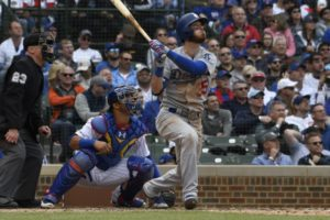 Lester solid in return, but Dodgers get past Cubs 2-1