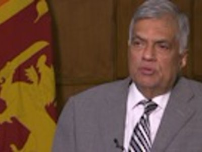 Sri Lankan PM issues warning after Easter bombings
