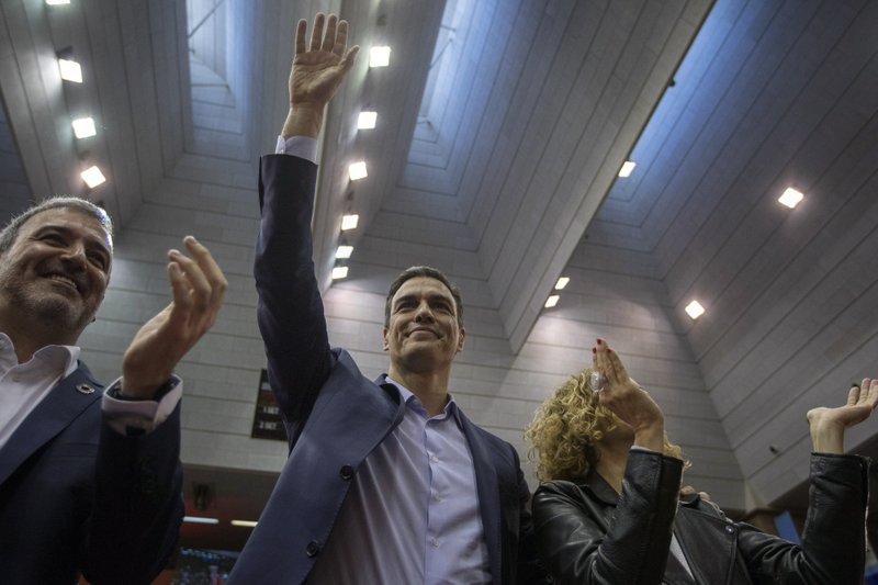 Spanish Prime Minister and Socialist Party candidate Pedro Sanchez waves to supporters during an election campaign event in Barcelona, Spain, Thursday, April 25, 2019. (AP Photo/Emilio Morenatti)