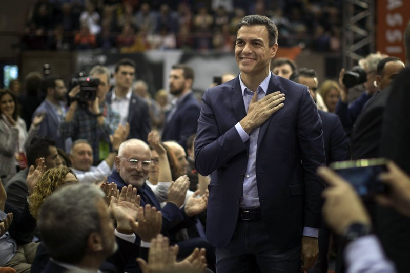 Spanish Prime Minister and Socialist Party candidate Pedro Sanchez reacts to supporters during an election campaign event in Barcelona, Spain, Thursday, April 25, 2019. (AP Photo/Emilio Morenatti)