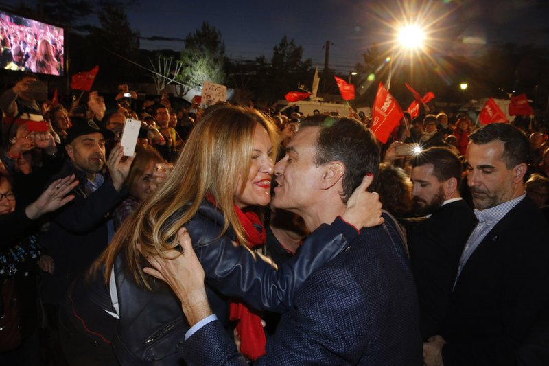 Spain's Prime Minister and Socialist Party candidate Pedro Sanchez greets to supporters during the closing campaign event in Valencia, Spain, Friday April 26, 2019. (AP Photo/Alberto Saiz)