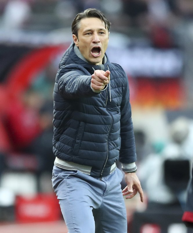Bayern coach Niko Kovac gives instructions during the German Bundesliga soccer match between 1. FC Nuremberg and FC Bayern Munich in Nuremberg, Germany, Sunday, April 28, 2019. (AP Photo/Matthias Schrader)
