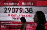 Asian markets plunge after Trump threatens China tariff hike