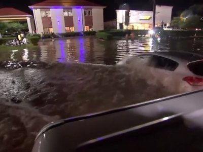 Floodwaters rise in Houston as a strong storm batters the area with heavy rain (May 8)