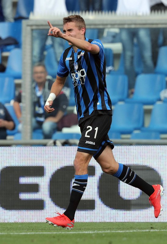 Atalanta's Timothy Castagne celebrates after scoring his side's second goal during a Serie A soccer between Atalanta and Genoa at the Mapei Stadium in Reggio Emilia, Italy, Saturday, May 11, 2019. (Paolo Magni/ANSA via AP)