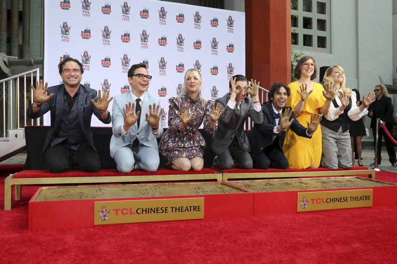 Johnny Galecki, from left, Jim Parsons, Kaley Cuoco, Simon Helberg, Kunal Nayyar, Mayim Bialik and Melissa Rauch members of the cast of the TV series