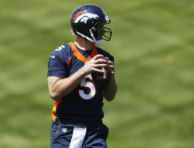 Denver Broncos quarterback Joe Flacco takes part in drills during an NFL football organized training activity session at the team's headquarters Monday, May 13, 2019, in Englewood, Colo. (AP Photo/David Zalubowski)