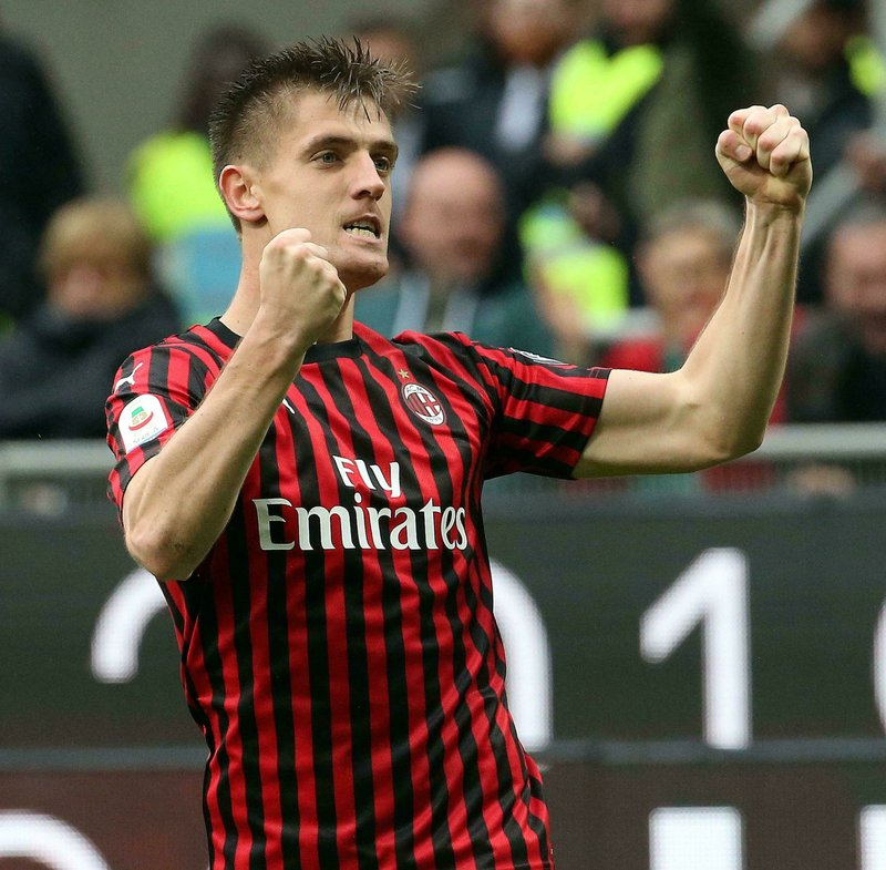 AC Milan's Krzysztof Piatek celebrates after scoring his team's first goal during the Italian serie A soccer match between AC Milan and Frosinone at the Giuseppe Meazza stadium in Milan, Italy, May 19, 2019. (Matteo Bazzi/ANSA via AP)