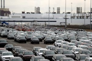 Detroit OKs land deals, jobs plan for Fiat Chrysler plant
