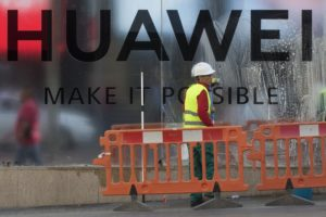UK mobile operators suspend launch of Huawei 5G phones