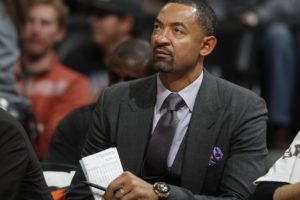 Source: Michigan hires Juwan Howard as basketball coach