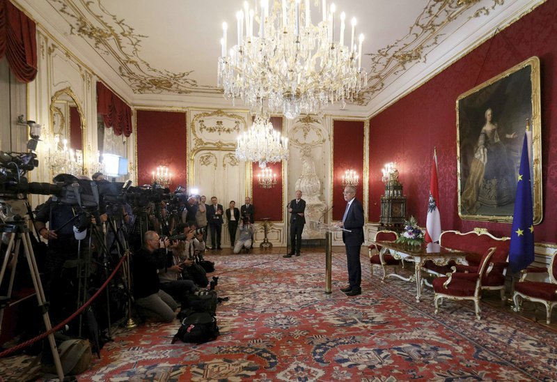 Austrian President Alexander Van Der Bellen addresses the media at Hofburg palace in Vienna, Austria, Monday, May 27, 2019.  Austrian Chancellor Sebastian Kurz was ousted by parliament in a no-confidence vote Monday, paving the way for a new election.  (AP Photo/Ronald Zak)