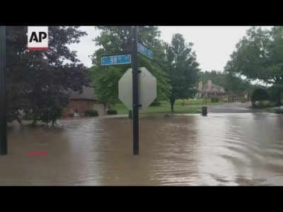 Thousands of residents along the Arkansas-Oklahoma border have been impacted by widespread flooding along the swollen Arkansas River. (May 29)