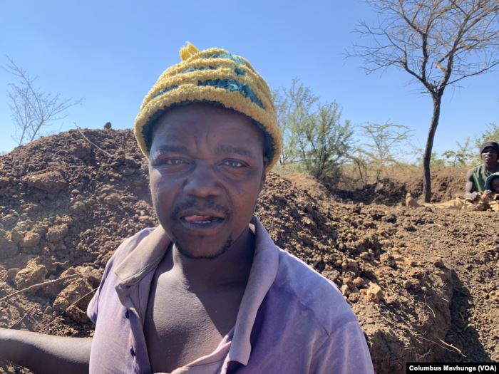 Piniel Ndingi-Nyoni is one of the illegal miners at Nugget Mine in Matopo dis