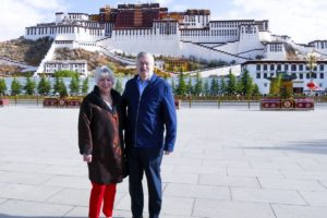 US envoy makes rare visit to Tibet