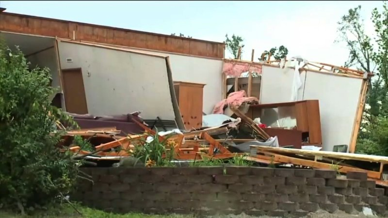 Weather officials say severe storms in central Indiana produced at least four tornadoes, leaving thousands without power and damaging buildings. No injuries were reported. (June 17)