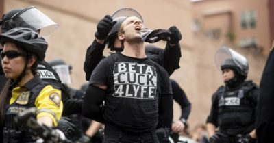 Antifa members attack buses, throw rocks at right-wing protesters as Portland rally turns violent