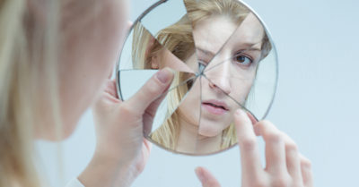 The story behind the idiom: A broken mirror joined together