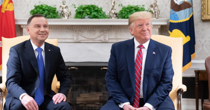 President Donald J. Trump and Polish President Andrzej in the White House Diplomatic Reception Room. (Official photo of the White House by Shealah Craighead)