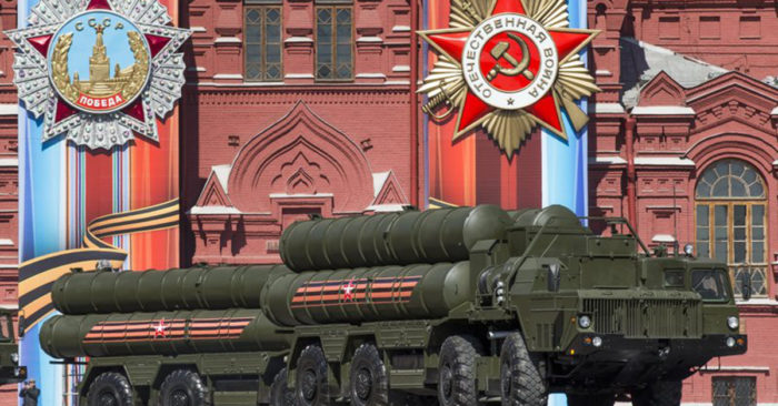 Battle for the Arctic: Russia deploys S-400 missile defence systems