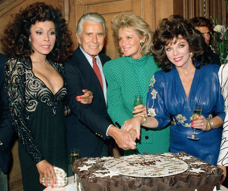 FILE - This Sept. 24, 1986 file photo shows, Diahann Carroll, John Forsythe, Linda Evans and Joan Collins from