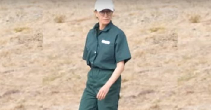 Actress Felicity Huffman in prison uniform at Dublin Prison, California. (YouTube/Entertainment Tonight)
