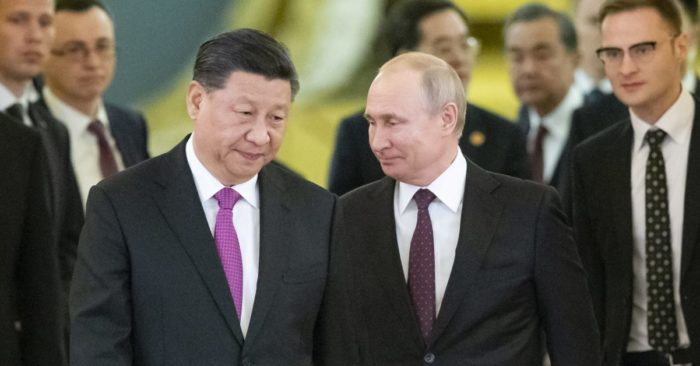 Russian President Vladimir Putin, right, and Chinese President Xi Jinping in Moscow, Russia, June 5, 2019. AP / Alexander Zemlianichenko, Pool)