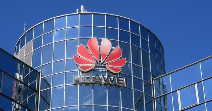 Pompeo travels to the UK to address the serious risk posed by Huawei's participation in the 5G network