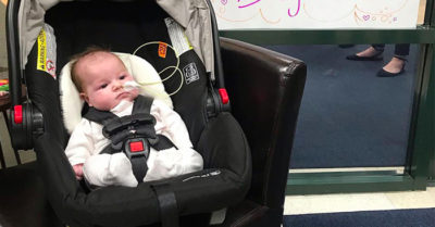 Mom helps baby ring bell after beating brain cancer: 'They say it's magic. I say it's faith'