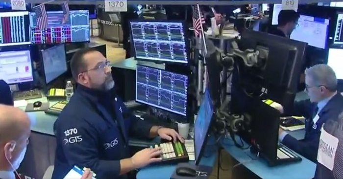 Wall Street records worst day in two years on coronavirus fears, Dow falls 1,000 points