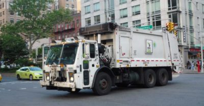 New York: Health crisis after millions of dollars in waste collection services cut