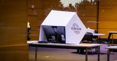 Michigan: Reinstates voting fraud case following forensic probe