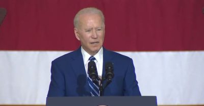 Biden compliments young girl during his speech at Virginia military base