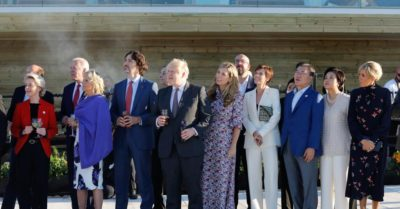 COVID hypocrisy: G7 leaders socialize without complying with self-imposed protocols