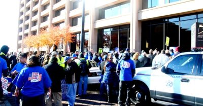 APWU of 220,000 postal workers opposes mandatory vaccination