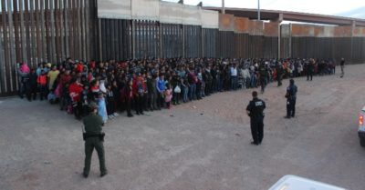 Texas shuts down 6 entry points to stop thousands of migrants at border