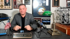 Cop charged with murder for killing active shooter - Randy Sutton