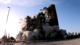UAE demolishes towers in 10 seconds